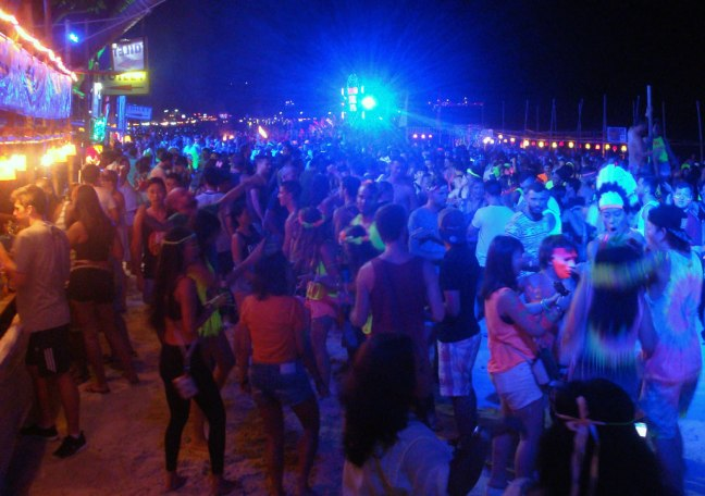 Une nuit de fête à Koh Phanghan