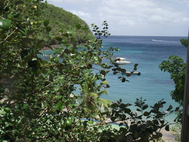 mer bleue turquoise et ciel bleu