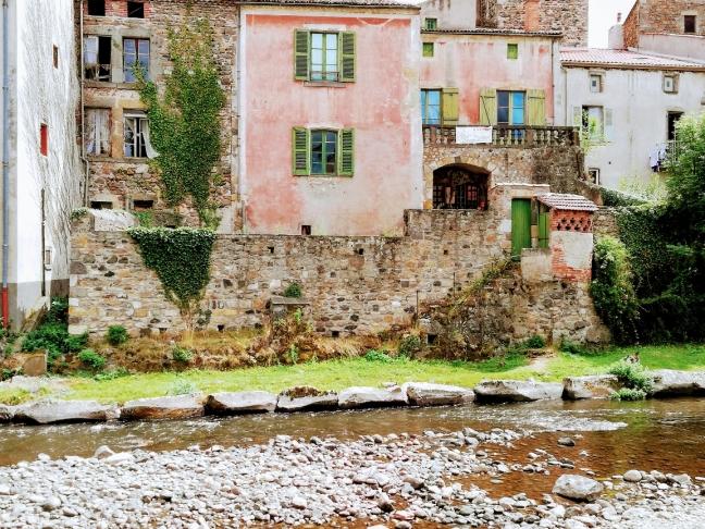 Petit village du puy de dôme